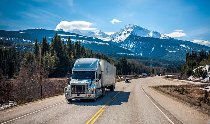 Jakim środkiem transportu najlepiej importować z Chin?